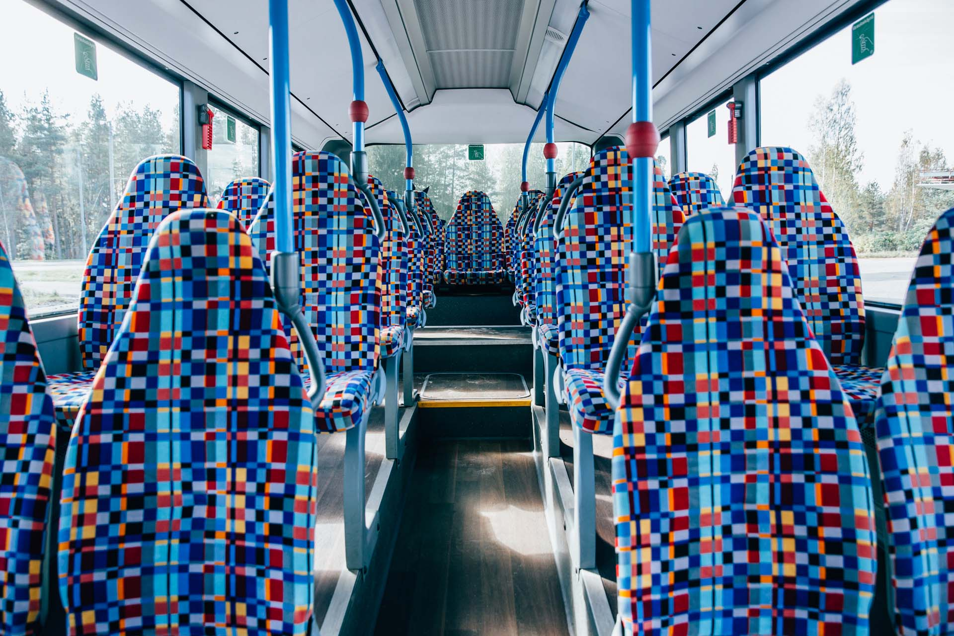linja-auto aika taulut lahti